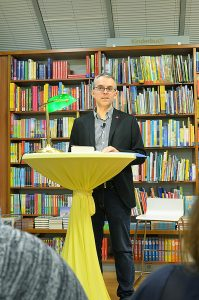 """Lesung mit Helmut Scharner und """"Mostviertler"""""""