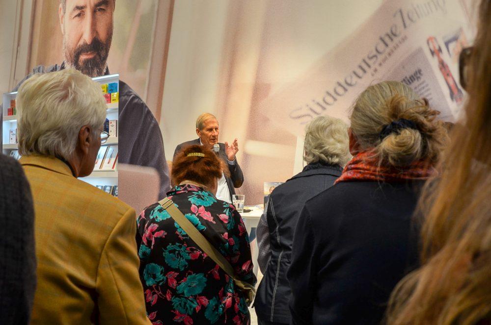 Ulrich Wickert auf der Frankfurt Buchmesse