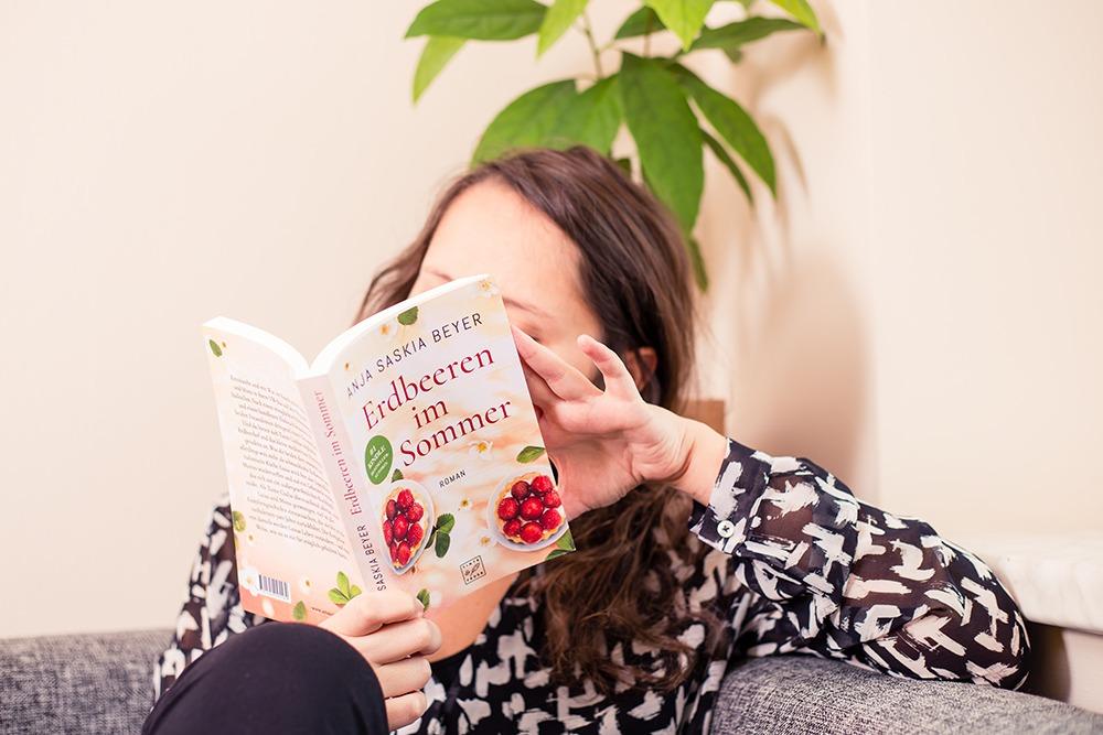 Erdbeeren im Sommer - Anja Saskia Beyera